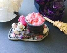 Witches Cauldron, Leaky Cauldron, Mini Cauldron, Polymer Clay Figures, Halloween Decor, Fantasy Art, Love Potion, Harry Potter Potions