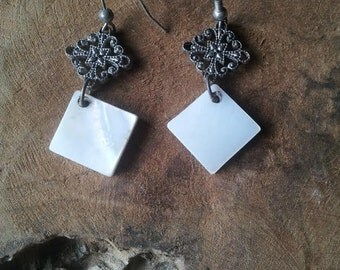 Mother of Pearl Square Earrings - Filigree