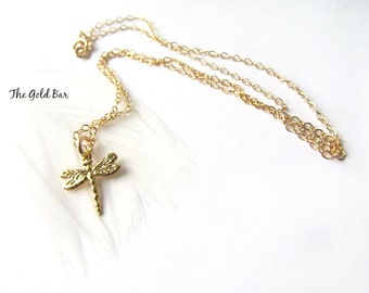 Dragonfly Necklace Gold Nature Jewelry, Gift for Her, Everyday Necklace, Insect Jewelry, Dragonfly Pendant