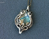 Brass pendant with gold-blue labradorite   - Wire wrapped pendant - Pendant with Labradorite - Brass Pendant - for women
