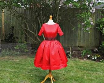 Red Formal Dress, Vintage Style Dress, 50s Satin Skirt, Red 50s Dress, Womens Full Skirts, 50s Style Dress, 1950s, Vintage Style Dress