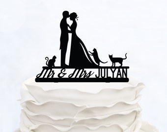 Wedding Cake Topper With Last Name_Mr & Mrs Topper With Cats_Groom And Bride Cake Topper_Script Cake Topper_Made in Italy