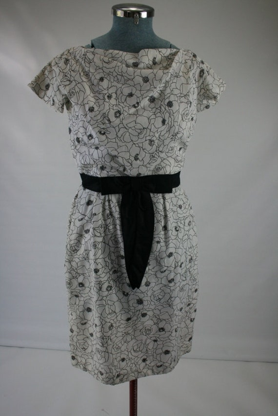 1960s XS/S CARMEN Jones black white floral cocktail dress 33/25/38