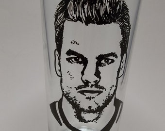Tom Brady, New England Patriots, Painted Pint Glass, Hand Painted Glass