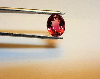 Rubellite Loose Gem.  A Stunning 3.87ct. Natural Rubellite Tourmaline 11 x 9mm. Oval Loose Gemstone.