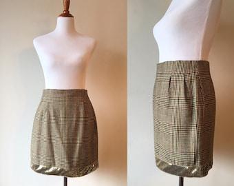Vintage plaid skirt. Vintage wool skirt. 80s plaid skirt. Wool plaid skirt. Preppy skirt. Vintage pencil skirt.