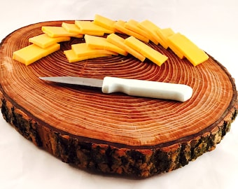 Tree Wood Round Cutting Board & Serving Tray with Bark