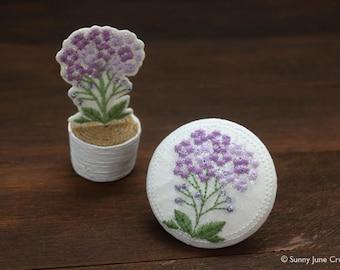 Embroidered fridge magnet -  flower magnet