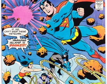 Super Friends 15, with the Wonder Twins, Superman, Batman, Wonder Woman, Aquaman, and Robin from DC Comics. A TV Show from 1978 in VF+ (8.5)