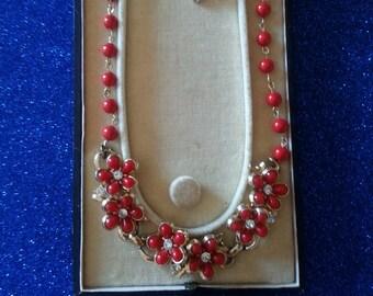 Fifties Cherry Red Flower & Rhinestone Necklace