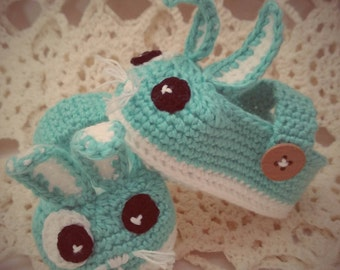 Baby booties / Crochet bunny slippers / Cute baby gift/ Ready to ship