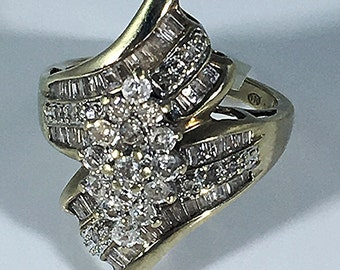 Gold diamond ring, gold ring with small diamonds, vintage gold ring, gold ring size 7.5