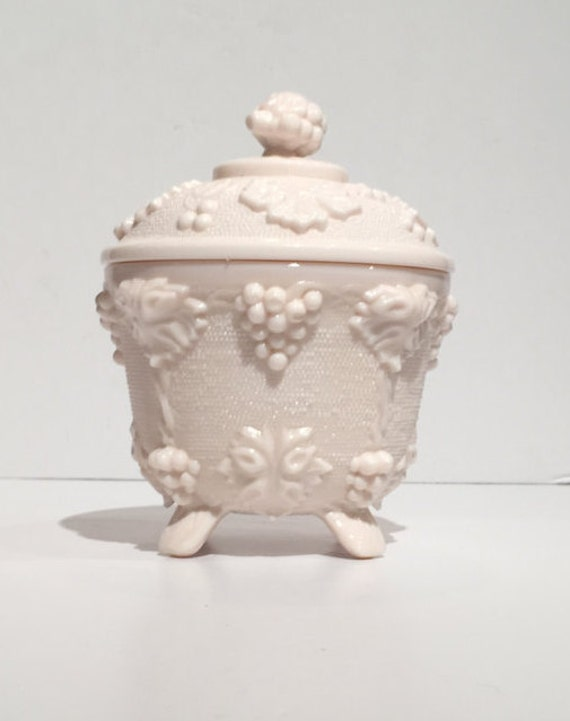Shell Pink Jeannette Powder Jar