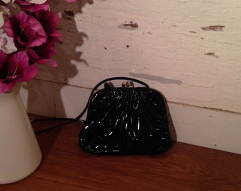 Vintage Black 1980's Kelly Leather Handbag with suede lining