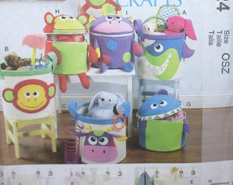 McCalls Crafts pattern, new, baskets, wall hangings for storage, kids storage bins