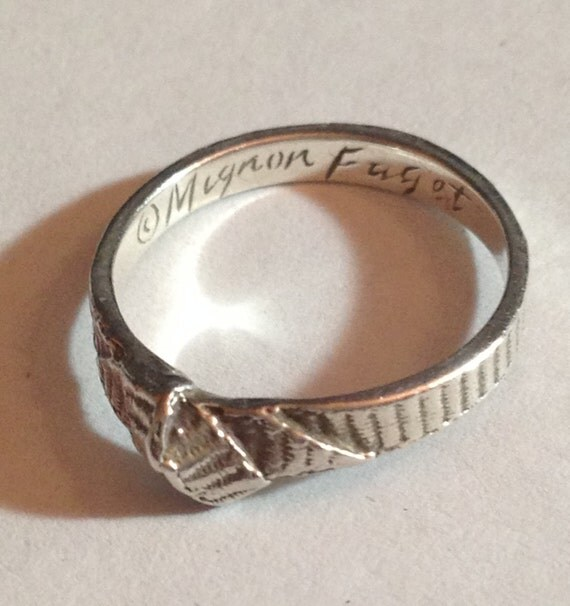 Mignon Faget Tiny Bow Ring In Sterling Silver Size 5 1/2