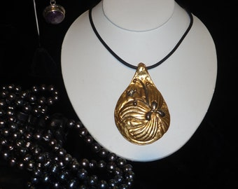 FUN Chico's Designer Collar Bone Pendant Necklace Featuring a Large Pendant in the Shape of a Water Drop with an Abstract Organic Design