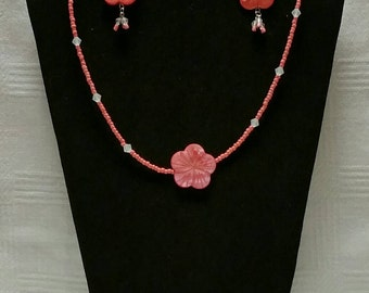 Coral Shell Necklace Set