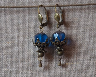 Retro blue earrings