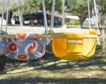 Indoor/Outdoor Double Fabric Swing