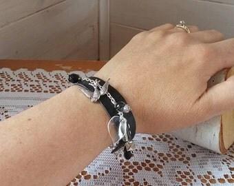 Bracelet Black leather bird