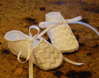 Baby Shoes with Chevron Design, Baby shoes, Baby booties, Baptism shoes, Custom Baby Shoes, Custom Baby booties, Baby shower gift, baby gift