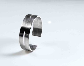 Men's Bracelet, Silver, Chunky Geometric unisex Cuff Bracelet, Hallmarked by the Goldsmith Company London Assay office.