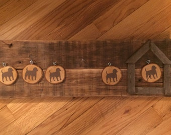 Doghouse Sign, Rustic Family Sign, Wood Slices, Who's in the Doghouse, Customizable Family Sign, Office Doghouse, Gift for mom, Pallet Sign
