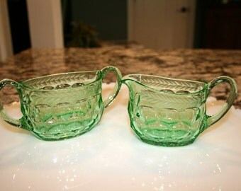 Beautiful Green Sugar and Creamer Set//Green Glass With Etched Laurel//Vintage Sugar and Creamer