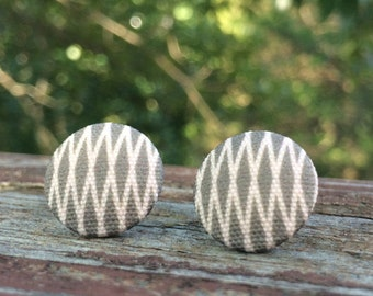 16mm Canvas/fabric nickel-free earrings - gray and off-white geometric earrings