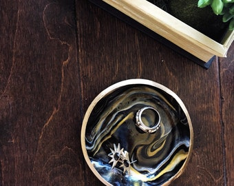 BLACK & GOLD // Handmade Marbled Clay Jewelry Dish, Ring Dish, Trinket Dish, Ring Holder