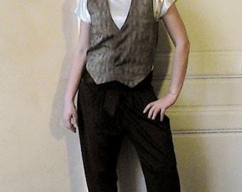 Reversible sleeveless vest