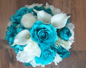 Teal and Cream bridal bouquet