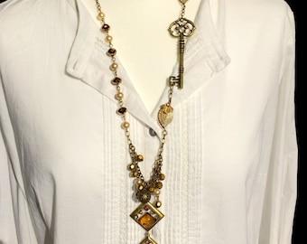 Vintage Glamour Key Charm Necklace