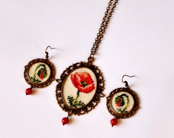 Poppy dangle earring red poppy wife gift jewelry Floral pendant and flower earrings in red gift for her Birthday gift Red jewelry for friend