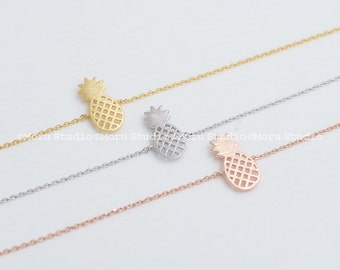 Dainty Pineapple Bracelet - Available in Gold, Silver, Rose Gold. Delicate Pineapple Bracelet, BFF, Friendship Bracelet, Gift Idea BCR118