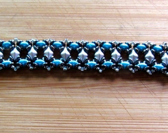 Pretty SuperDiamond beaded bracelet