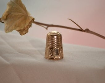 Antique gold thimble, Antique thimble, Vintage gold thimble, Old thimble, Engraved thimble, 1800s sewing thimble