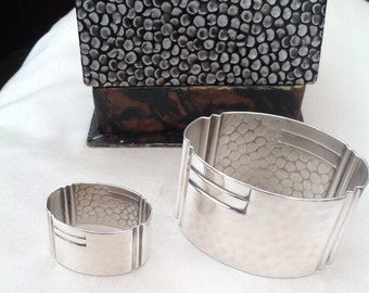 Fine quality Art Deco silver scarf ring and napkin ring 1920s modernist antique in original box