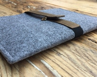 iPad Tablet Felt Sleeve Cover Case in Grey Felt
