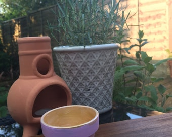 Miniature hand-painted plant pot - Pink and Gold