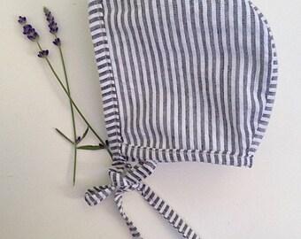 Alder Bark Bonnet - Gray and White Stripe Bonnet