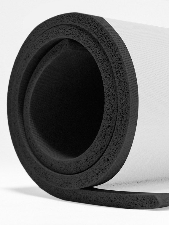 Quot r sponge rubber sheet with adhesive backing