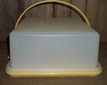 Vintage Tupperware Harvest Gold Square Cake Taker