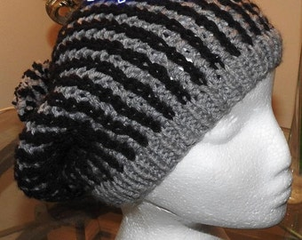 Black and Grey Faux Cornrows Pattern
