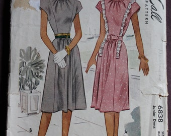 Women's and Misses Post WW2 Junior Dress with Gathers and Ruffles Vintage 40s Sewing Pattern McCall 6838 Size 15 Bust 33