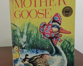 Vintage 1974 Wonder Book - Mother Goose Nursery Rhyme Book / Retro Colour Children's Book