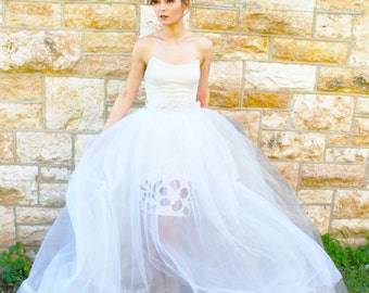 Size 2/4 Ivory Tulle Ballroom Wedding Gown w/ Cutout Pencil Skirt