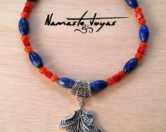 Necklace olive lapis lazuli, agate and coral