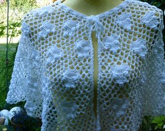 Crochet Cape, white, GR 36-38 (S-M).
